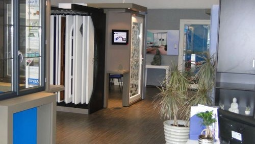 franchise tryba devenir concessionnaire tryba france. Black Bedroom Furniture Sets. Home Design Ideas