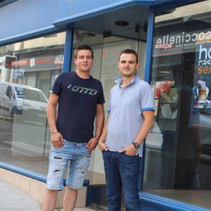 Nicolas Gasnier et Damien Dmytrick, franchisés Happy Cash Services à Vitré
