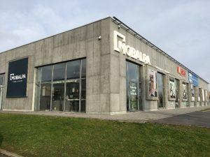Façade magasin franchisé Mobalpa de Seclin