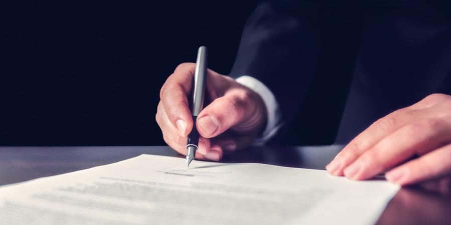 La clause Intuitu personae : les clauses du contrat de franchise !