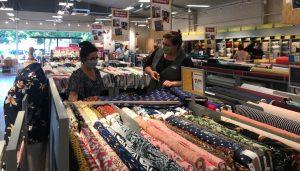 magasin Mondial Tissus Chartres - Barjouville intérieur