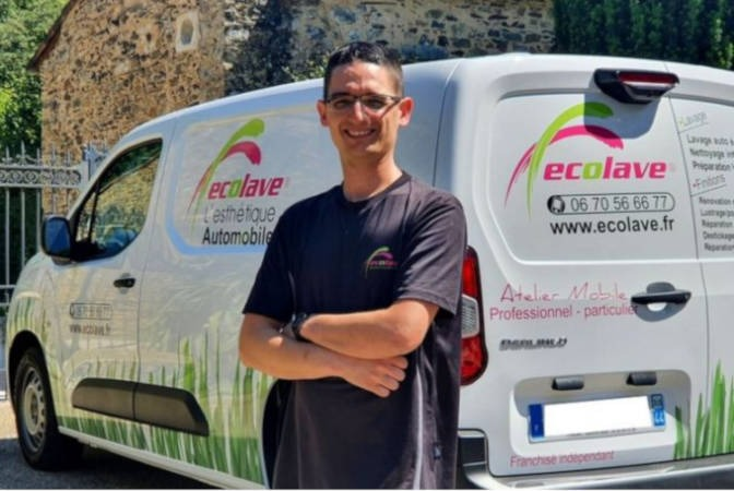 Christophe Cros, franchisé Ecolave