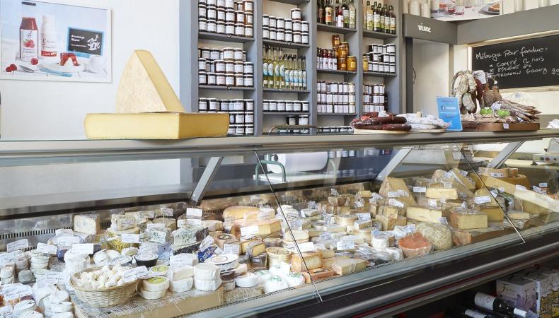 La franchise Laiterie Gilbert ouvre sa 27e fromagerie en France