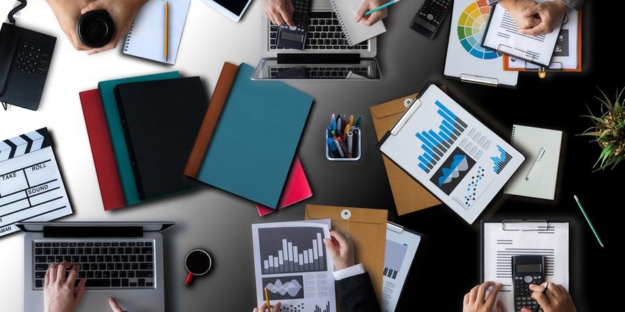 Quelle franchise rapporte le plus dans les services aux entreprises ?