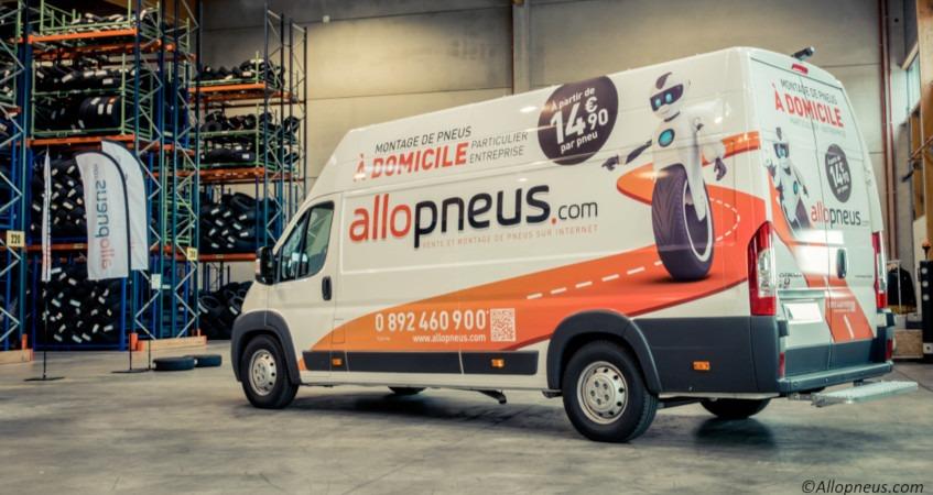 La franchise Allopneus choisie « meilleur e-commerçant de l'année 2021 »