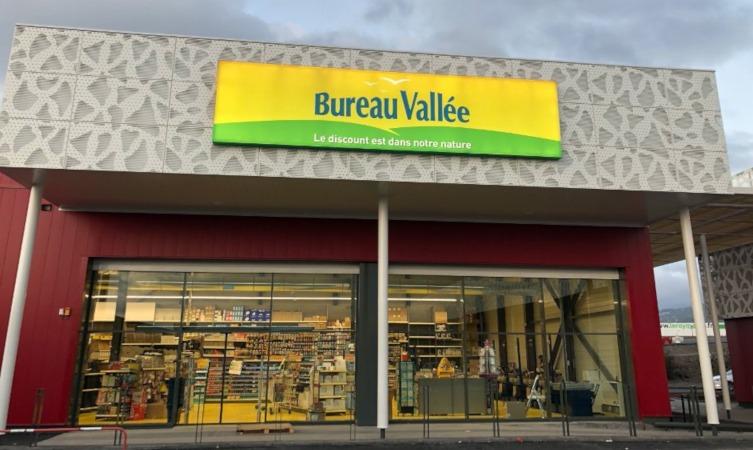 Bureau Vallée annonce une nouvelle ouverture à la Réunion