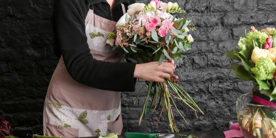 Quelles franchises choisir pour ouvrir un commerce de fleurs ?
