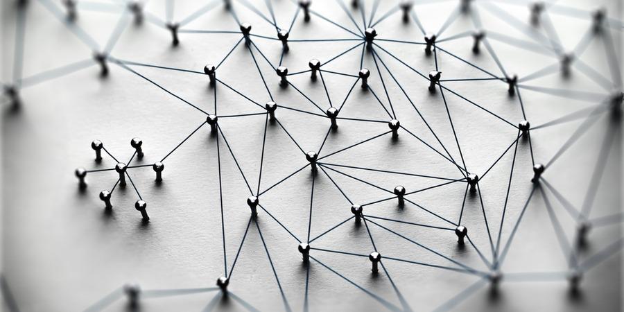 Quelles différences entre franchise et commerce intégré ?