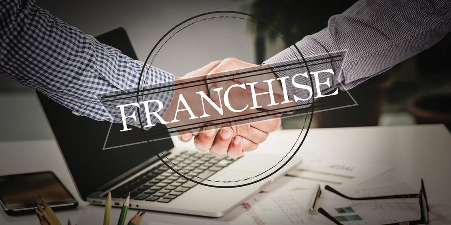 Que peut-on négocier dans un contrat de franchise ?