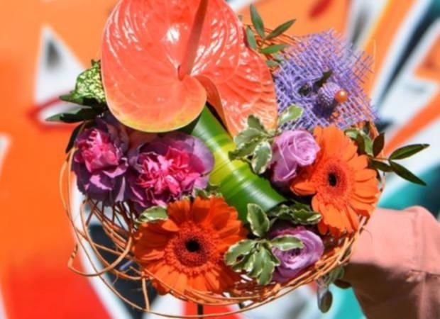 Carrément Fleurs lance sa nouvelle collection de bouquets estivaux